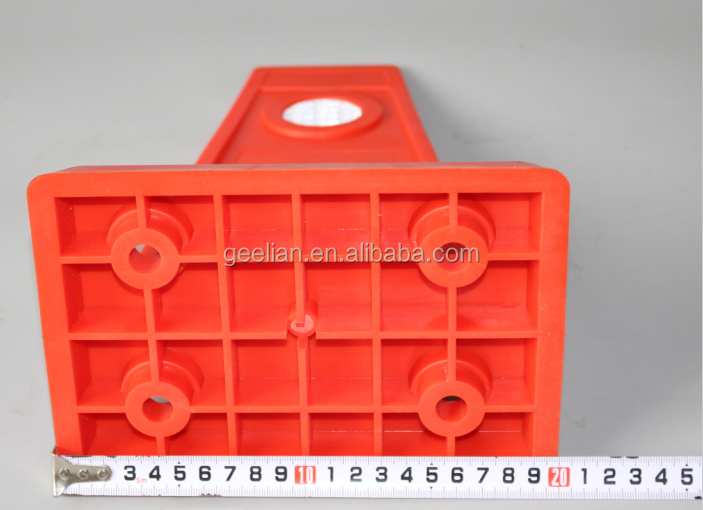Alibaba Wholesale Yellow Recycled Plastic Road Safety Lane Separator