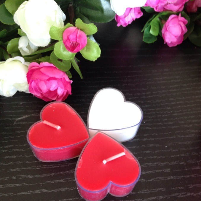 Scented Multi Colored Heart Shape With Metal Basis Tealight Candle