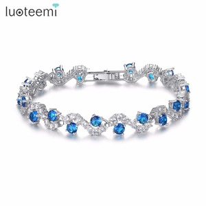 LUOTEEMI Charm Fancy Geometric Round Shape Blue CZ Crystal Bracelets With Clear Squared Shape Crystal Stone For Women Party Gift