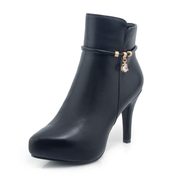 33ed4b85f مخصص الشتاء تصميم الأزياء مثير السيدات للماء عالية الكعب أحذية حريمي برقبة  2018