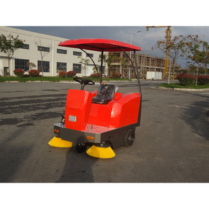 Airport Runway Cleaning Tractor Mounted Road Sweeper for Outdoor