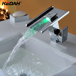 Wholesale LED Waterfall Faucet Desk Mounted Temperature Control Water Faucet