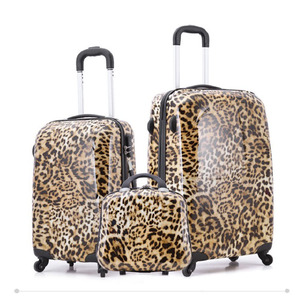 3 Piece Snow Leopard Hardside Rolling 4 Wheel Spinner Carryon Travel Case Luggage set