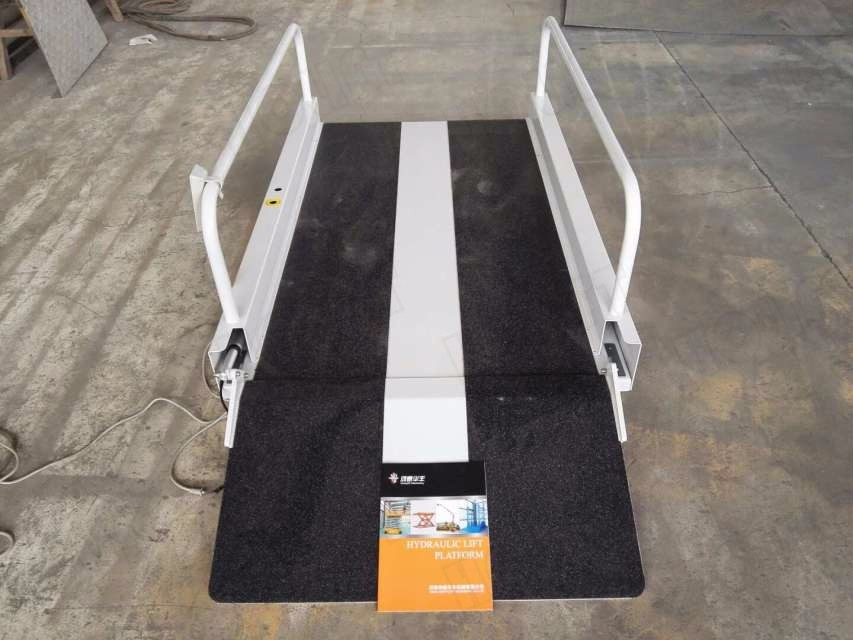 Portable Tall Wheelchair Platform Lift : Portable battery powered residential scissor lift platform