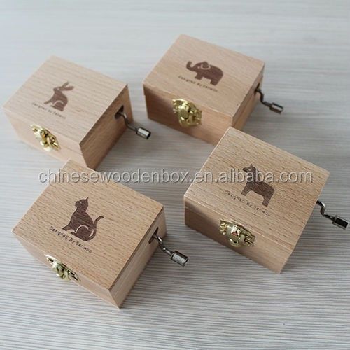 wooden Hand-cranking music box