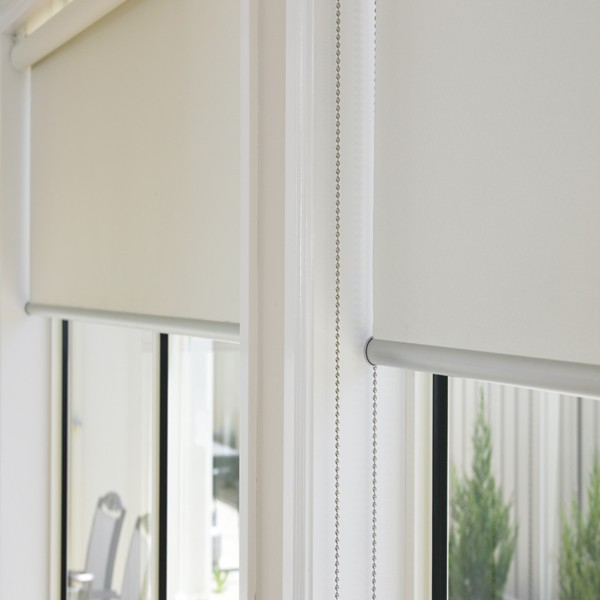 Outdoor motorized roller blinds with shading track protect for Motorized blackout shades with side channels