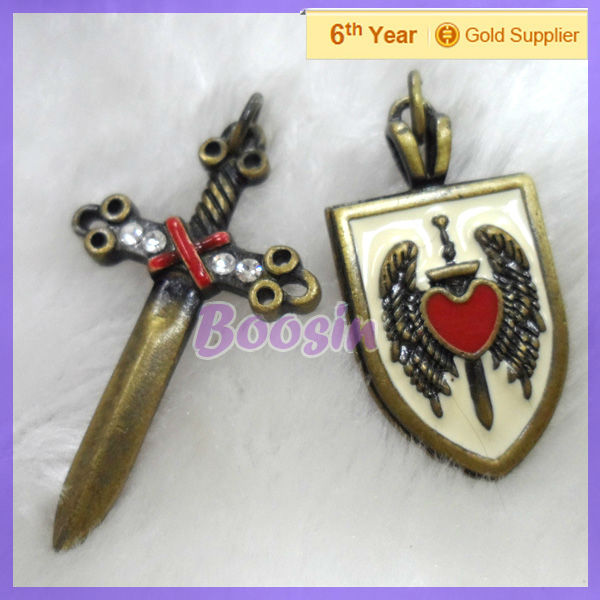 2013 Antique Copper Metal Sword Shield Charm for Knight #14094-95