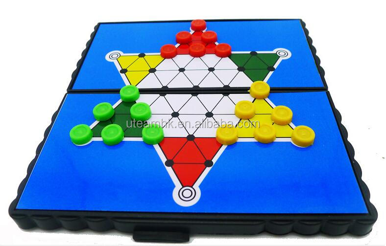 Magnet foldable travelling chess game set
