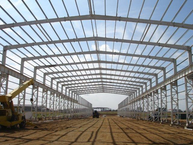 latest steel structure building sliding door hangar in steel factory