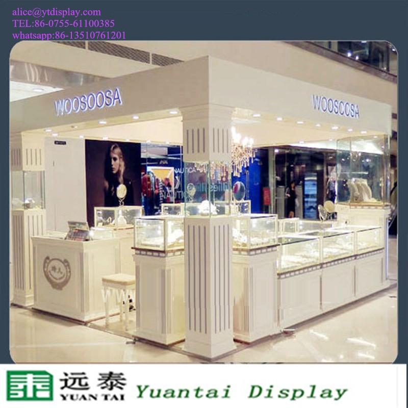 Glass Showcase Bespoke Jewelry Shop Interior Design Kiosk