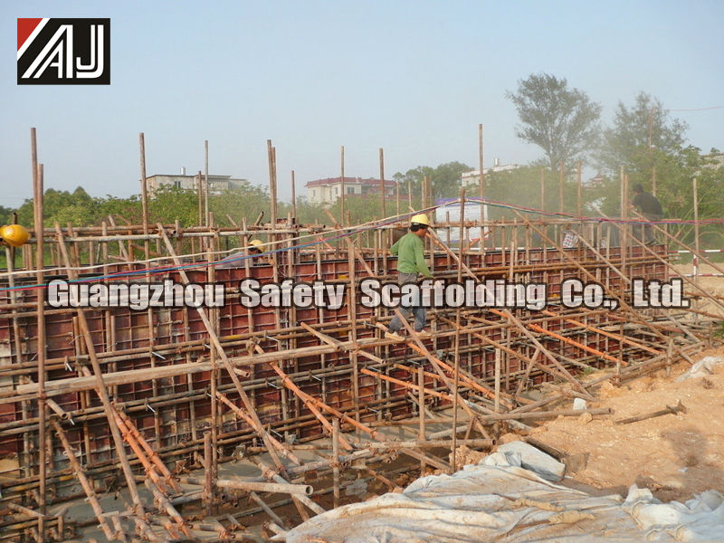 steel flat concrete wall formwork with smooth concrete