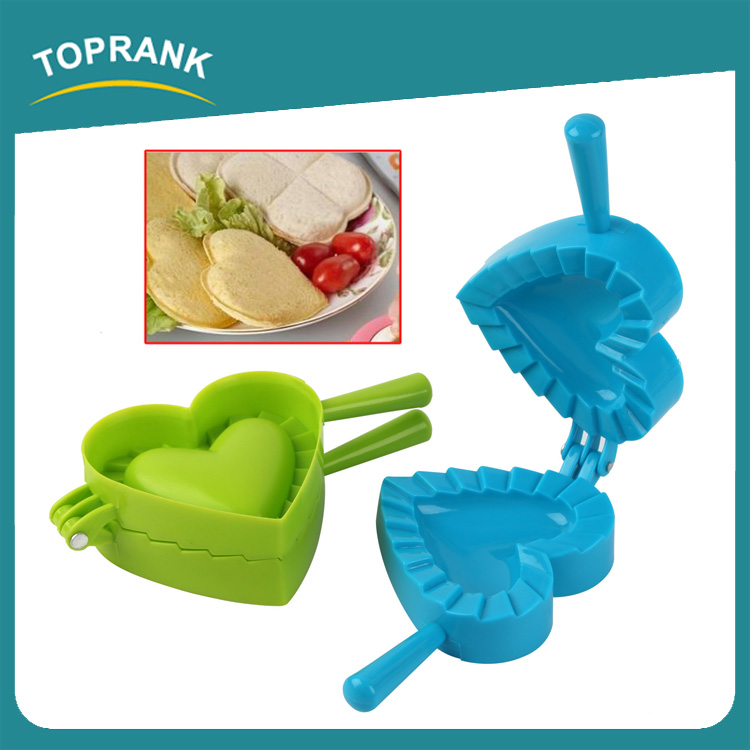 Toprank Kitchen Supplies Food Grade Heart Shaped Plastic Bread Mold Bread Cutter DIY Press Sandwich Cutter For Many Shape
