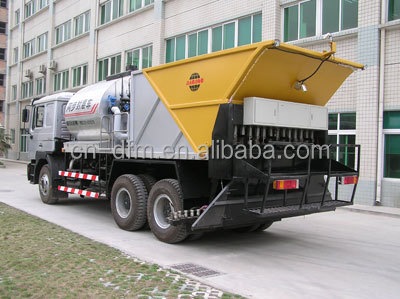 Asphalt distributor truck chip spreader for sale