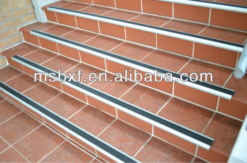 Esterno Antiscivolo Gradini Per Scale Materiali Da Costruzione Metallici Id Prodotto 1095806019