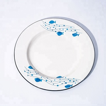 20cm colored rim enamel plates for a summer picnic or camping trip