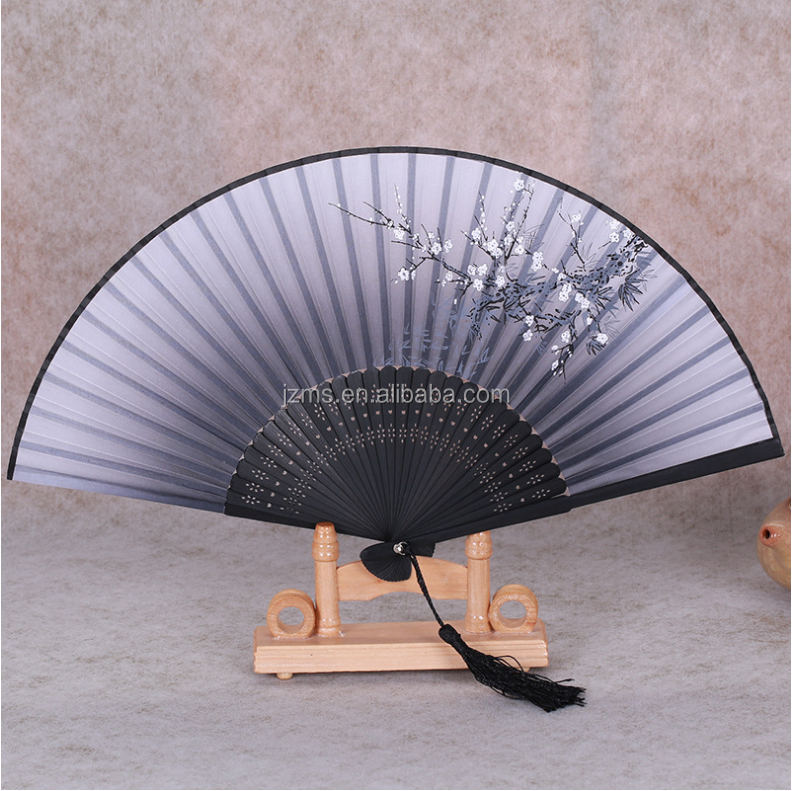 Hand Held Silk Folding Fan with Bamboo Frame100% Handmade Oriental Chinese / Japanese Vintage Retro Style Charming and graceful