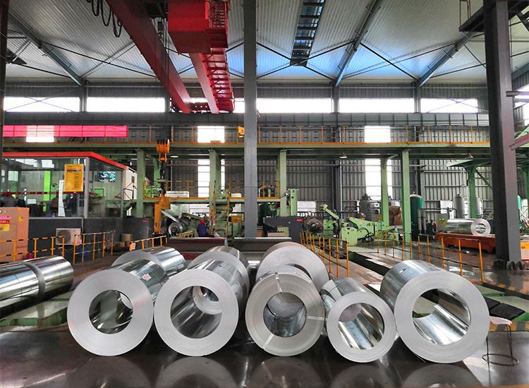 Düşük fiyat boyalı aluzinc bobinleri/levhalar galvalume çelik bobin tasarlanmış boyalı galvanizli çelik bobin Ppgi