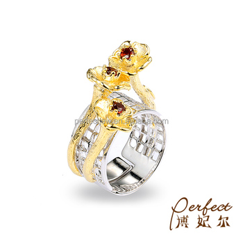 Adjustable Women Jewelry Flower 925 Sterling Silver Ring with Yellow Gold Plated