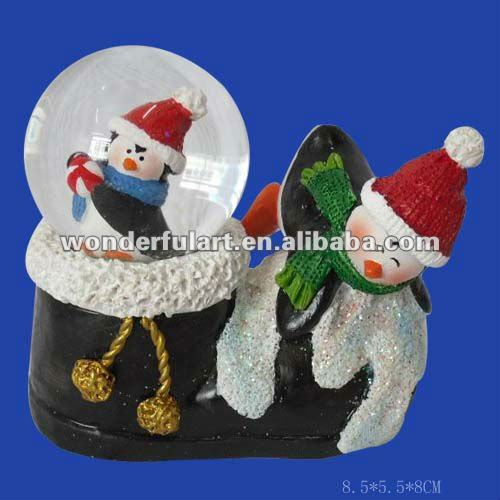 2016 christmas shoe shape resin snow globe