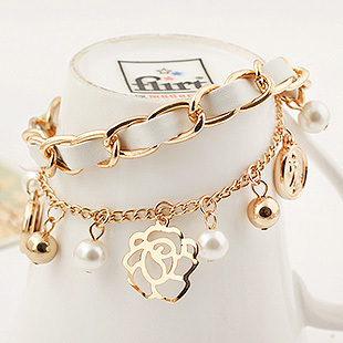 candygirl brand custom accessories flower women white pearl gold jewelry bangle charm bracelet