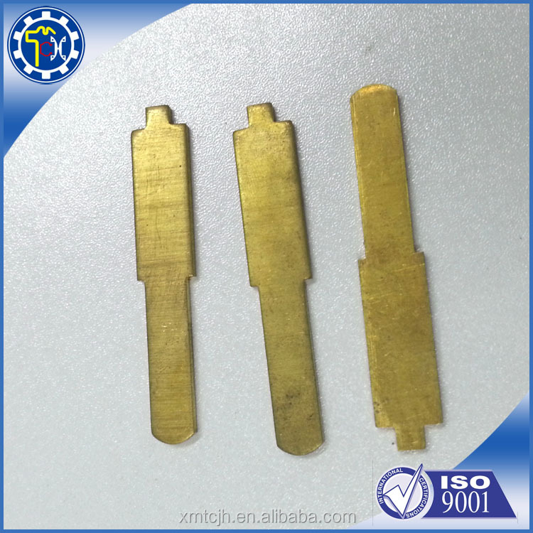 China supplies affordable OEM ODM metal belt clip for car