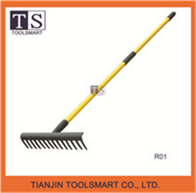 fiberglass long handle rake with metal rake head