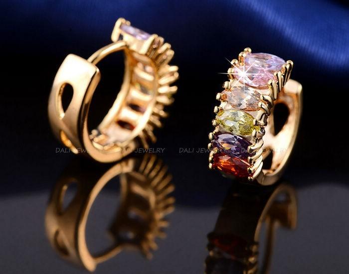 דאלי החדשה האופנה רוז מצופה זהב עגילים עם מרוצף Multi-צבע אבן זירקון הרבעה עגילים מתנה עבור יום השנה DDE06