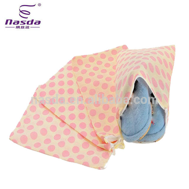 polka-dot print non woven drawstring bag for kids shoes