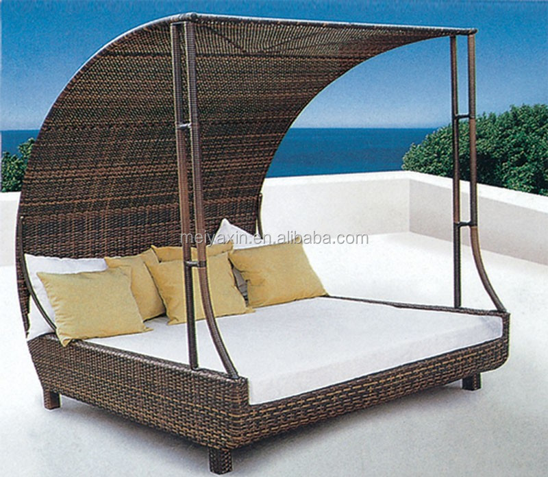 Fashion outdoor beach swimming pool rattan daybed with for Outdoor pool daybeds