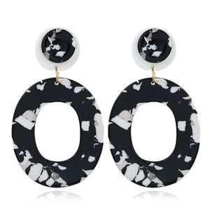 EA000278 WT yiwu 2018 Trendy Christmas Gifts Cute Acrylic Round Camouflage Element Drop Earrings For Women With Short Hair
