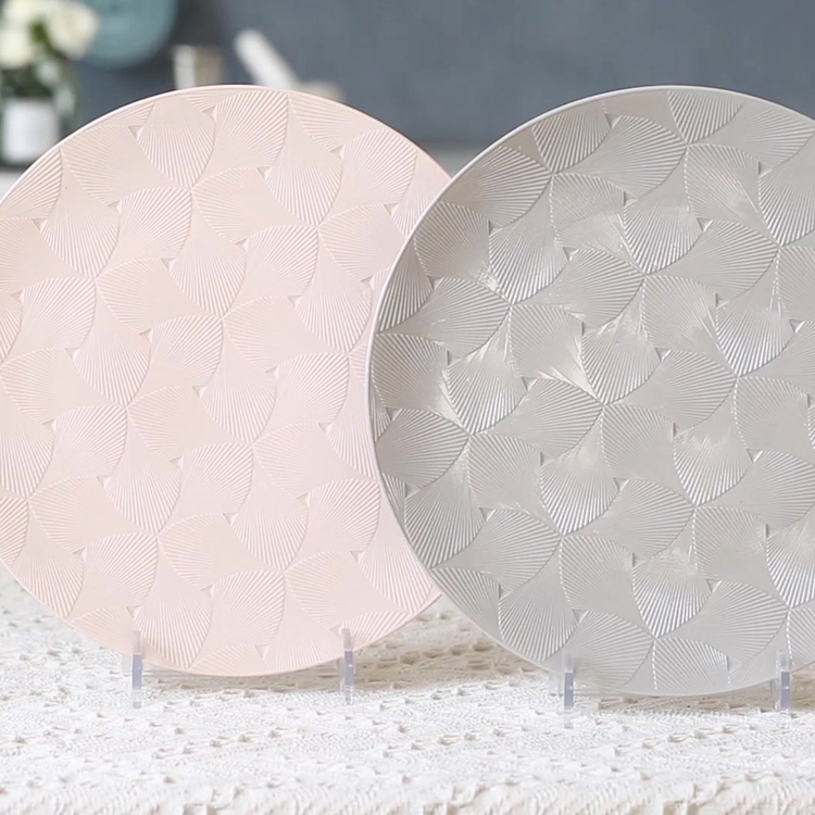 Modern design cheap price shell embossed restaurant porcelain noodle dishes