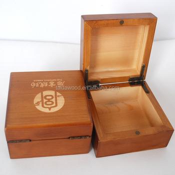 incompiuto di produzione di legno su misura scatola di sigari