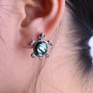 2018 new fashion earring color shells turtle stud earring jewelry accessories