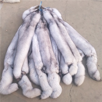 Factory price high quality real fox fur skin / fur pelts for sale