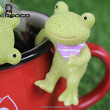 Roogo resin mini frog wholesale