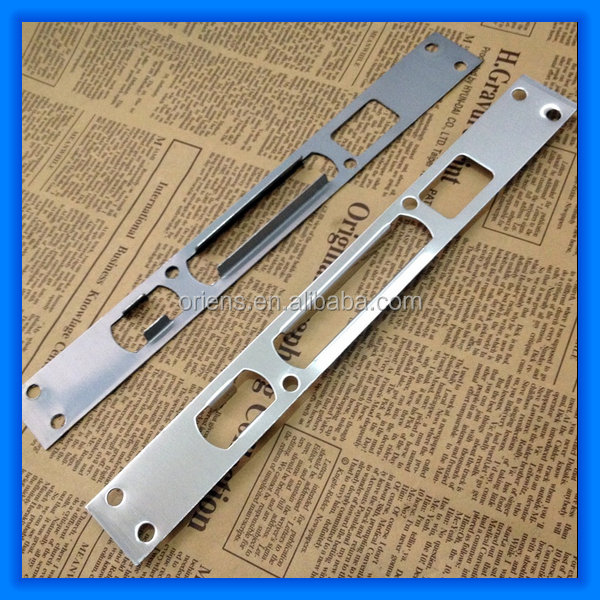 Leading-Edge Protection Doors Strike Plate