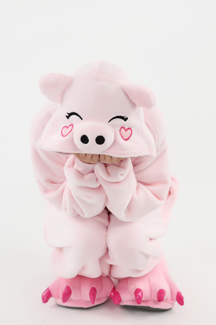 df467175e32d Get Quotations · 2015 Women Men Pajamas Cosplay Costume onesie Pyjamas  Sleepwear Jumpsuit Adult animal Pink Pig Pajamas onesie