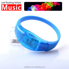 2017 New Sound Activated LED Bracelet 7 Color Party Flashing Product