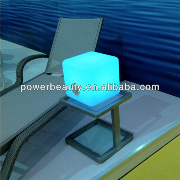 led licht w rfel sitz bluetooth lautsprecher led licht bluetooth lautsprecher mit fernbedienung. Black Bedroom Furniture Sets. Home Design Ideas