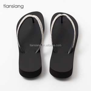 71a01a429a7b4 Natural Rubber Slipper