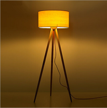 Reading room downlight wooden floor lamp buy floor lamp for Downlight floor lamps