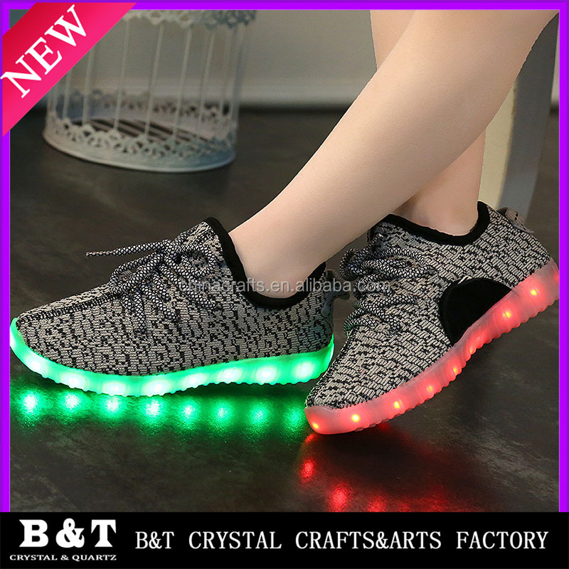 Hot sale cheap kids sports led shoes