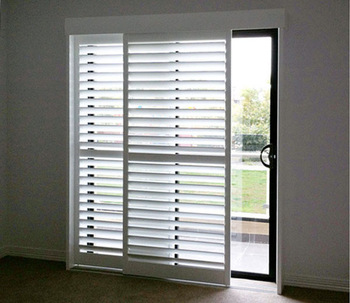 how to put wood blinds in 3 join big windows