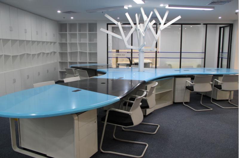 Happy tree style poste de travail pour le bureau moderne chambre