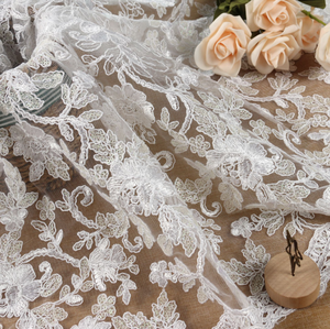 2016 3D Embroidery Lace Fabric Tulle Squines Fabric