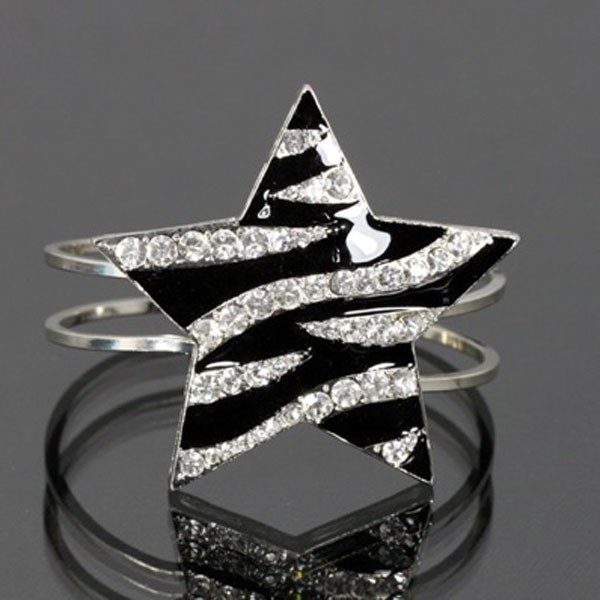 Lead&cadmium Fashion Jewelry Zebra Print Star Snap Closure Bangle