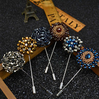 Fashion Daisy Flower Lapel Pins Beaded Floral Men Lapel Pins Crystal Men Brooch for Suits Handmade Rhinestone Brooch Pins