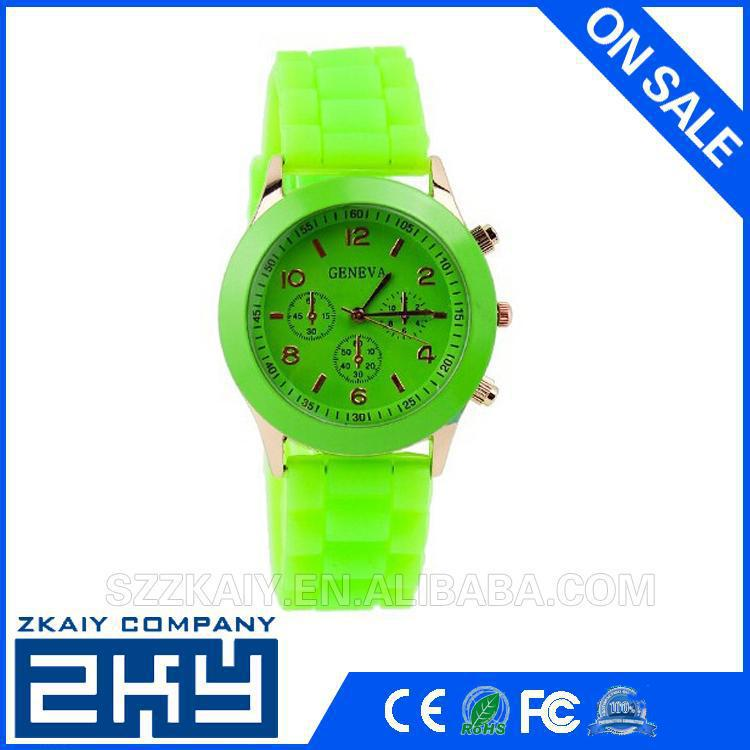 Stylish gift silicone sport waterproof watch with many colors
