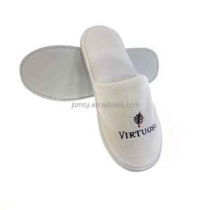 cheap hotel slippers spa slippers custom embroidery hotel slippers