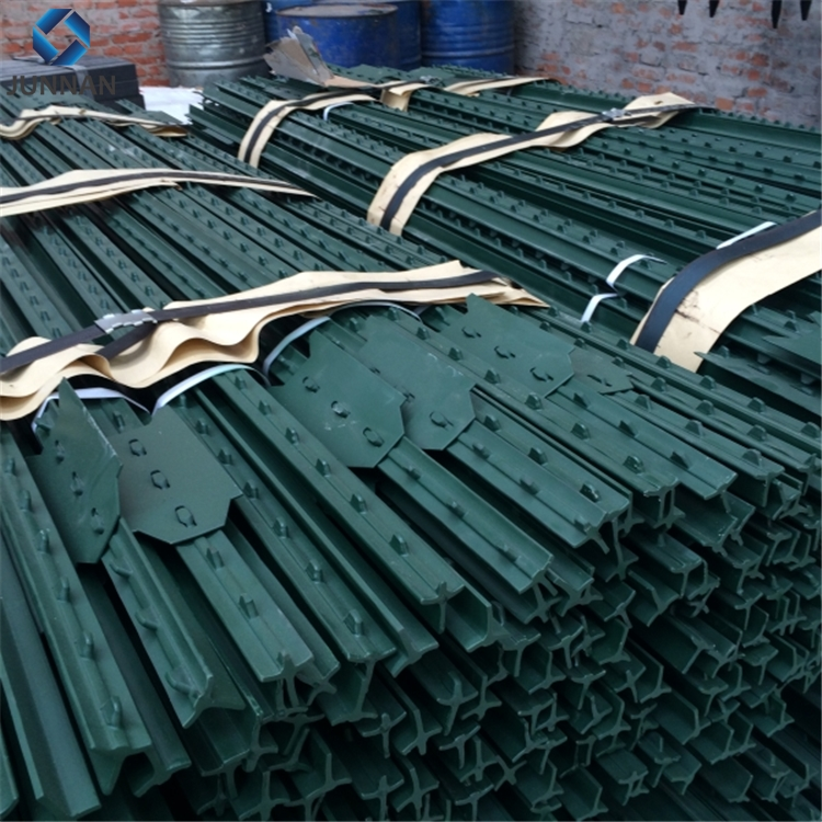 CE certified metal fence supports/ metal fence types/metal fence pole